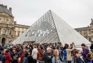 Quelle: instagram.com/collages_feminicides_paris